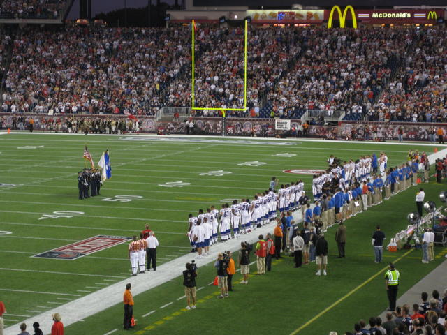 Boys Like Girls dude singing the anthem to the Bills